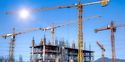 Baustelle Baukräne